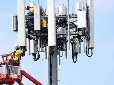 Connectoren montage 5G antenne systeem
